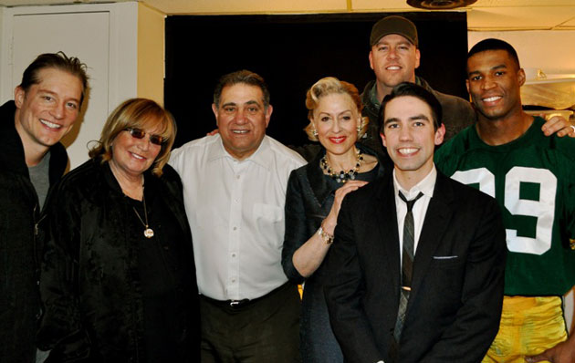 Penny Marshall and cast (Photo: www.sulltography.com)